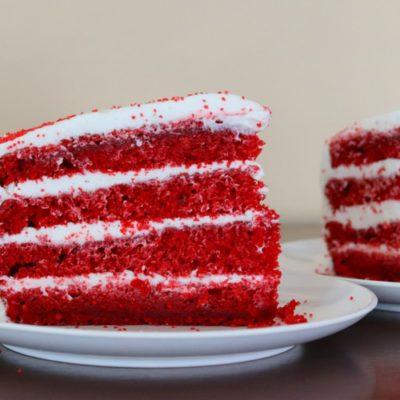 Waldorf Astoria Red Velvet Cake sockbox10.com
